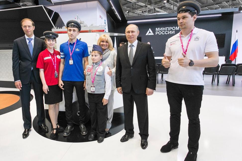 Как построить солнцемобиль и познакомиться с Президентом России – рецепт успеха команды «Polytech Solar Team»